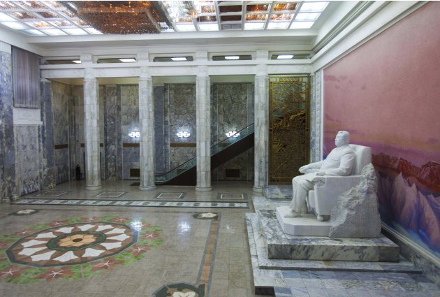 In this March 9, 2011 photo, a statue of Kim Il Sung sits in the entrance to the Grand People's Study House in Pyongyang, North Korea. (AP Photo/David Guttenfelder)