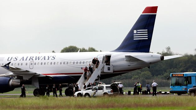 Police: Angry Ex-Girlfriend Triggered US Airways Bomb Hoax (ABC News)