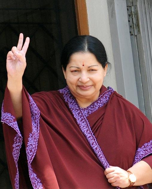 Jayalalitha wins in a landslide