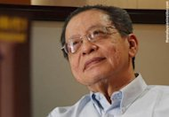 """Kit Siang takes Puad, Zam and Utusan Malaysia to court over """"urinating"""" comments"""