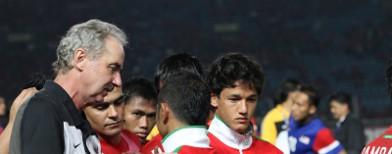 Riedl bersama tim nasional. Foto: TEMPO/Aditya Noviansyah