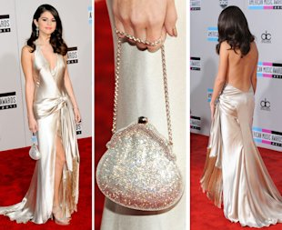 Selena Gomez arrives for the 2011 American Music Awards
