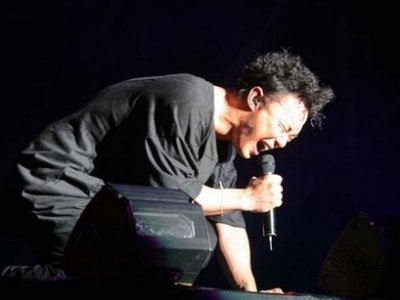 Eason Chan surprises fans with bipolar confession
