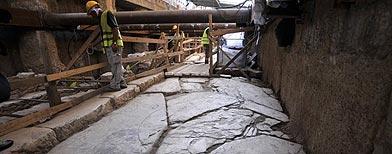 Las ruinas del camino pavimentado en mármol y construido por los romanos hace casi 2.000 años./ Foto: AP/Nikolas Giakoumidis.