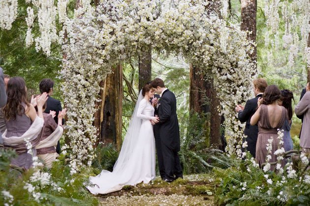 Twilight Sexiest Moments: Edward and Bella's relationship climaxes in their wedding day.