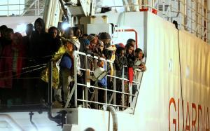 Migrants feared dead in a new Mediterranean Sea sh…