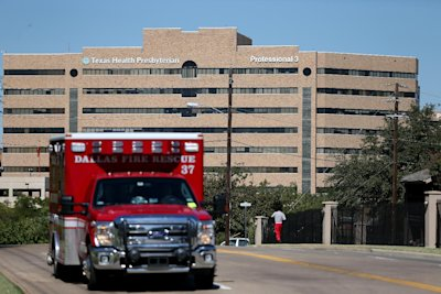 Texas Health Presbyterian Hospital in Dallas has come under scrutiny for its handling of the Ebola case. (AFP Photo/Joe Raedle)