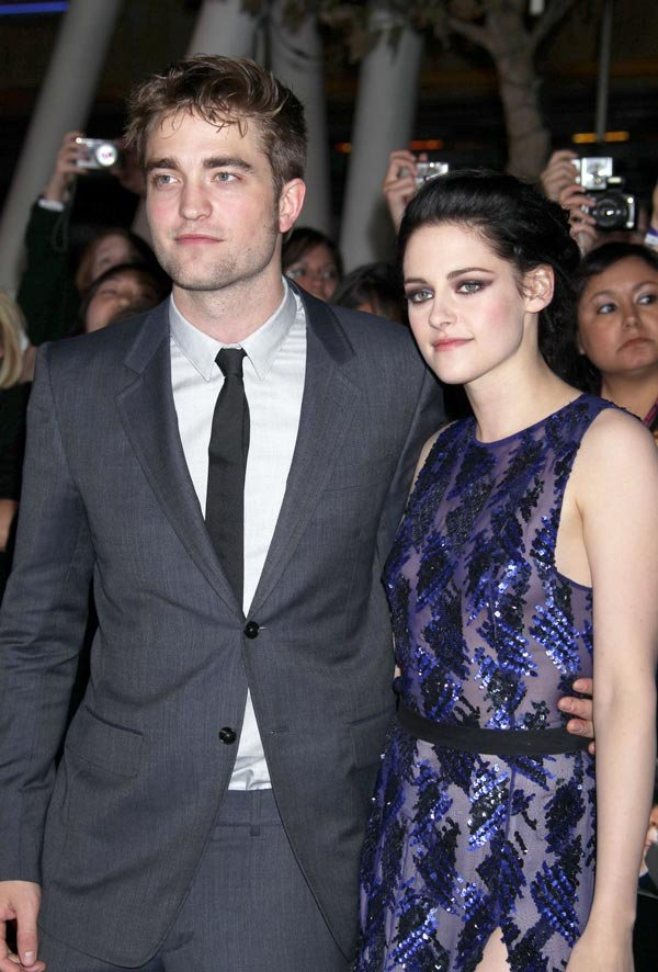 Robert Pattinson Refuses To Talk To Kristen Stewart