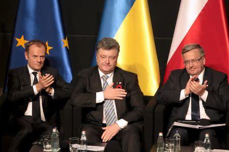 European Council President Tusk, Ukrainian President Poroshenko and Polish President Komorowski attend a history panel in Gdansk