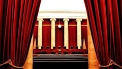 640px-Inside_the_United_States_Supreme_Court