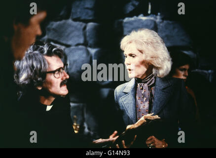 JANET LEIGH, HAL HOLBROOK, THE FOG, 1980 Stock Photo ...