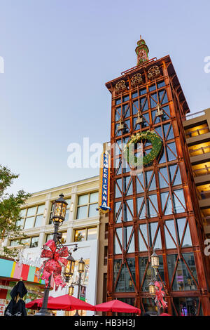 Glendale Shopping Mall : glendale, shopping, Glendale,, California, AMERICANA, BRAND,, Shopping,, Dining,, Entertainment, Residential, Complex, Angeles, Stock, Photo, Alamy