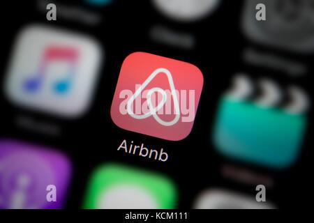 Airbnb icon Stock Photo: 182619349 - Alamy