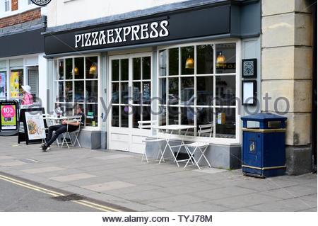 pizza express restaurant restaurants chain chains chained brighton Stock Photo: 71280514 - Alamy