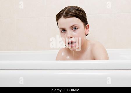 Mdchen Dusche Haare sauber Kind nackt Dusche Badezimmer Shampoo HaarWsche frhlich frhlich
