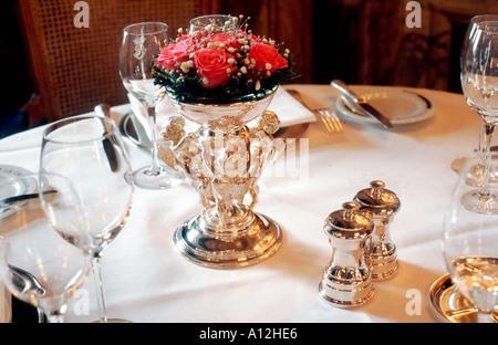 Parigi Francia alta cucina francese fantasia ristorante Hotel de Crillon gli interni di