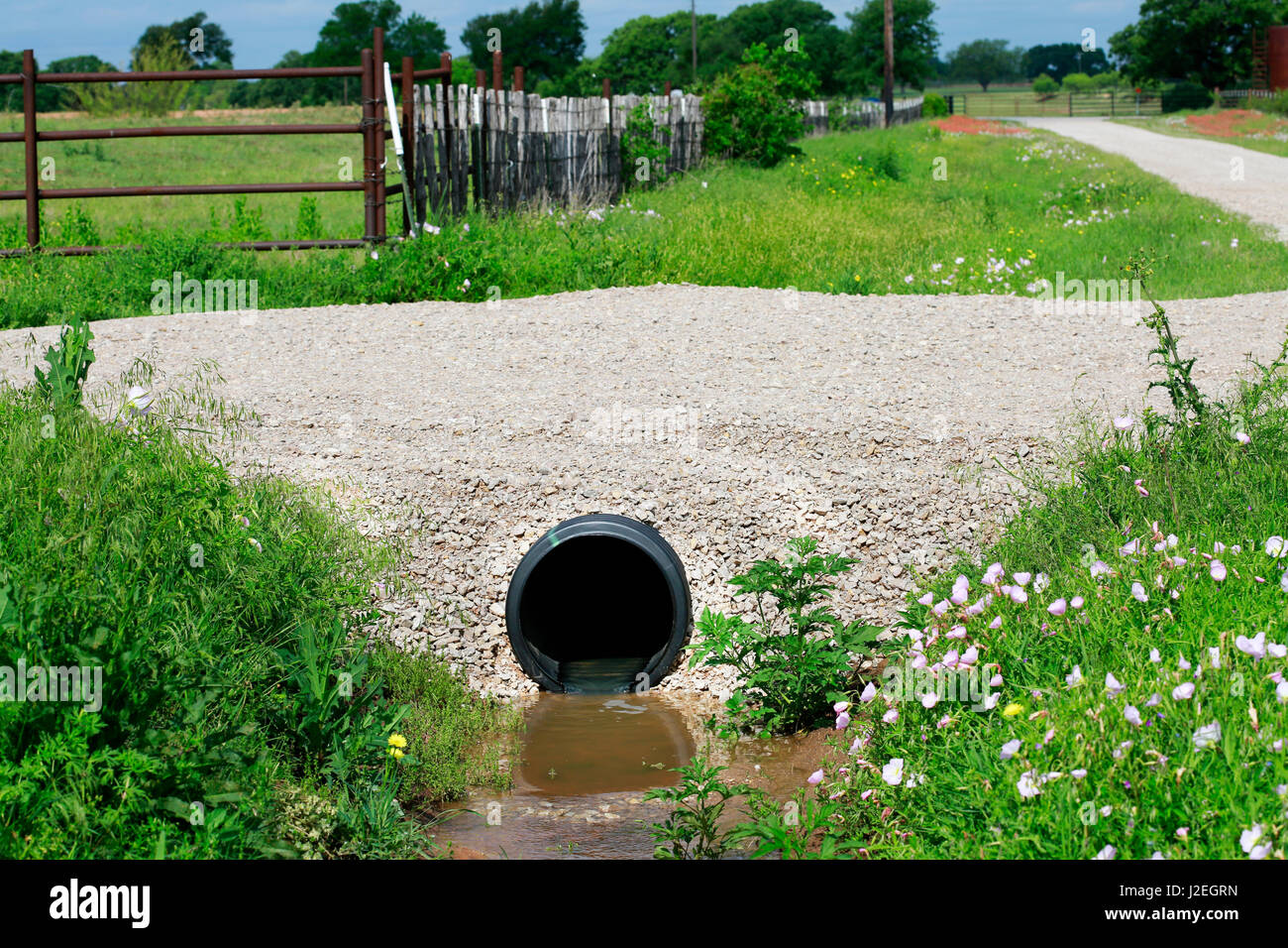 Culvert Pipe Stock Photos & Culvert Pipe Stock Images