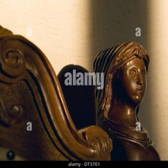 Wooden Hand Chair Bali Pizza Bean Bag Carved Furniture Stock Photos & Images - Alamy