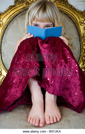 hanging chair for baby covers hire hull barefoot stock photos & images - alamy