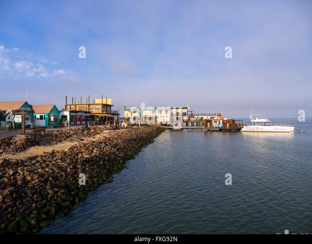 """Résultat de recherche d'images pour """"photo sandwich harbour port"""""""