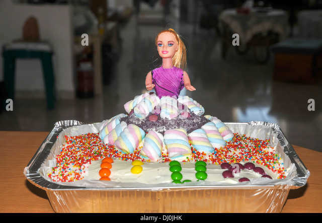 Barbie Doll Birthday Cake Photos The Best Cake Of 2018
