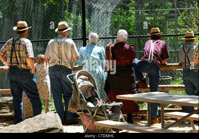 Amish Men Stock Photos Amp Amish Men Stock Images Alamy