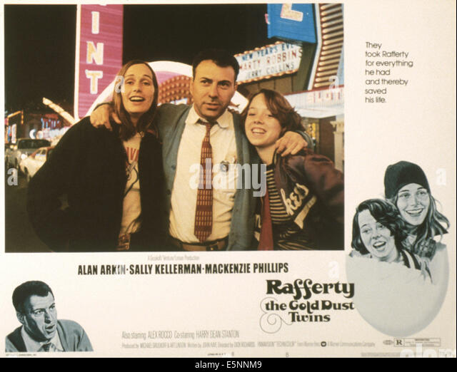 RAFFERTY AND THE GOLD DUST TWINS, US lobbycard, from left: Sally Kellerman, Alan Arkin, Mackenzie Phillips, 1975 - Stock Image