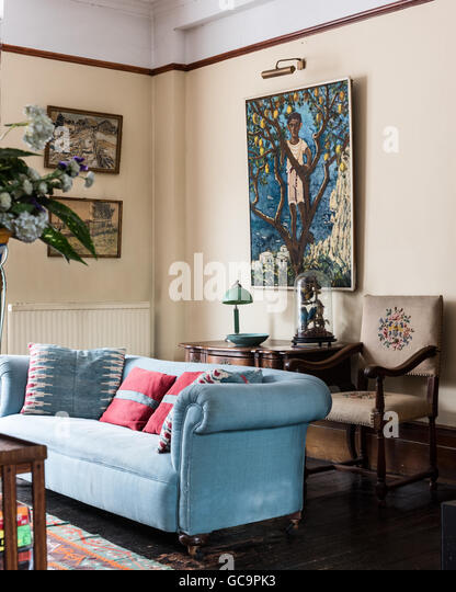 revolving chair for salon leather smoking victorian drawing room stock photos & images - alamy