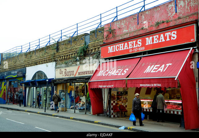 https://i0.wp.com/l7.alamy.com/zooms/b18caa4f1b9d45b6a6232e3506454159/business-premise-under-brixton-railway-arches-threatened-with-eviction-ejdakf.jpg