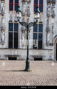Antique Street Lamps Stock Photos & Antique Street Lamps ...
