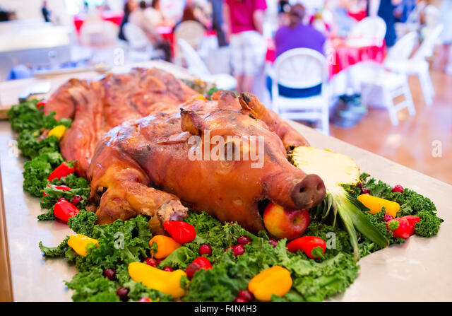 Pigs Platter Apple Mouth