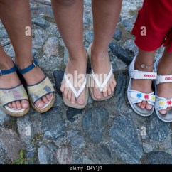 Kneeling Chair Toronto Graco High Replacement Tray Little Girls Feet Stock Photos & Images - Alamy