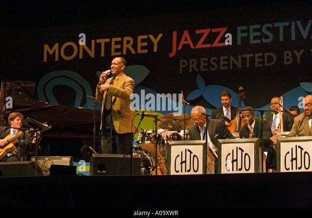 Картинки по запросу John Clayton conducting the Clayton-Hamilton Jazz Orchestra at the 2017 Monterey Jazz Festival