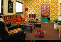 70s Wallpaper Living Room Stock Photos & 70s Wallpaper ...