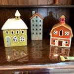 ⌂陶器製の可愛いキャンドルハウスとおしゃれなチェスト入荷しました⌂