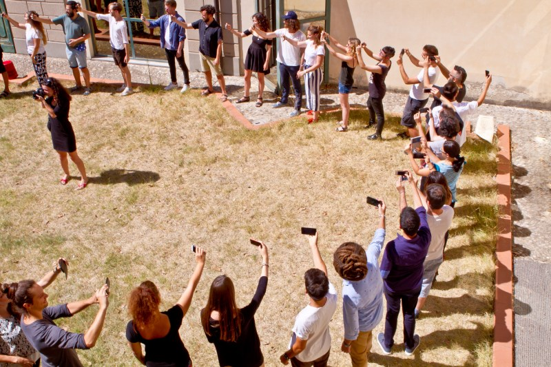 La Cura Summer School, the selfie circle