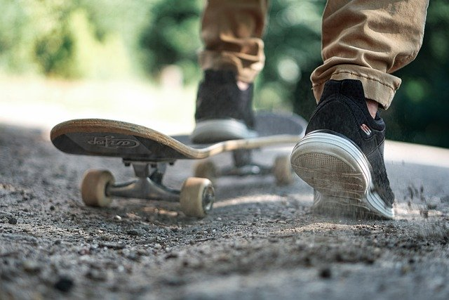 Skateboard Shoes Active In The Free - Anrita1705 / Pixabay