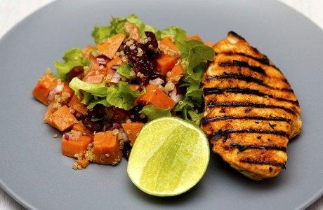 Grilled Chicken Quinoa Salad  - Wow_Pho / Pixabay
