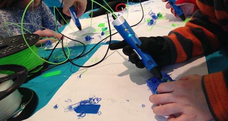 Stylo 3D et filaments de plastique