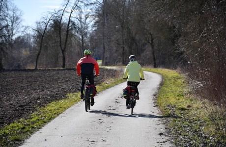 balade au printemps en bicyclette