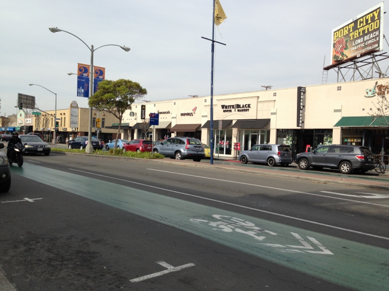 Sep 22, · 2nd street Belmont Shore is an area of Long Beach that has many shopping and dining venues. It can get VERY crowded and parking is at a premium. If you walk down the adjacent streets you will see small million dollar houses/5().