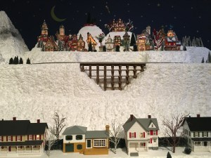 Holiday Model Trains Come to Muzeo