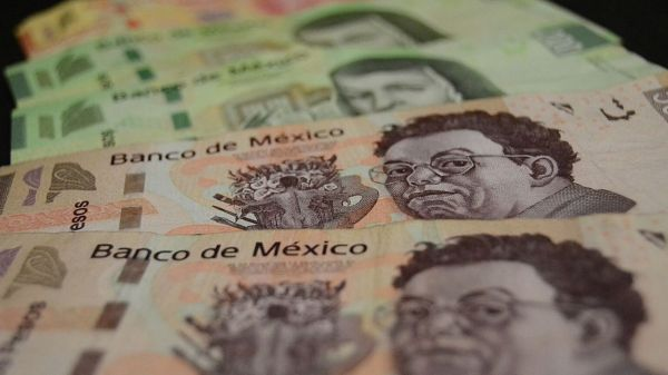 mexico-billetes-consumo-economia-pesos