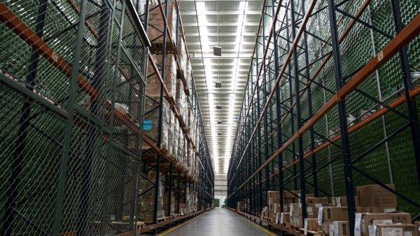 industria, almacen, nave industrial, manufactura, empleo, trabajo, trabajador, trebajadores, laboral, empleados
