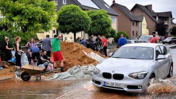 135 muertos por lluvias