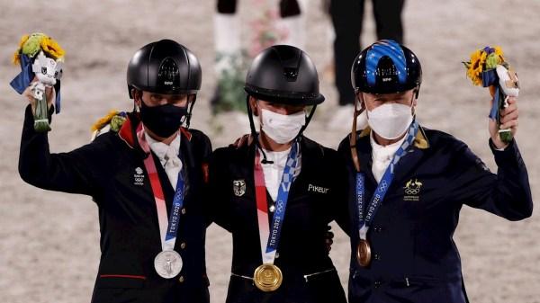 Julia Krajewski, primera mujer en gana oro