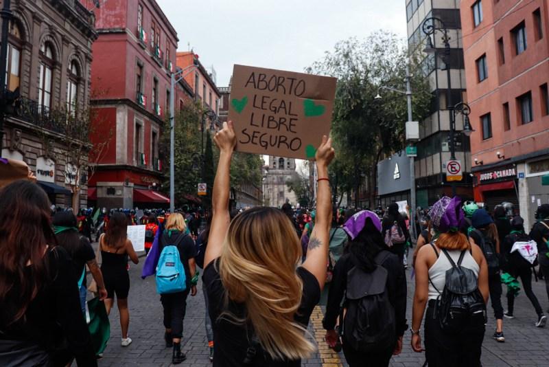 marcha cdmx aborto feminismo