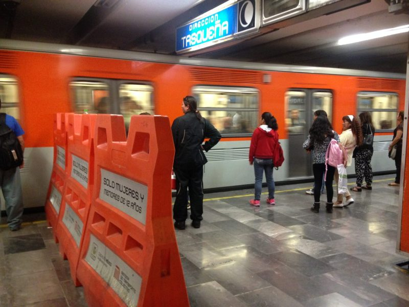 División de vagones en el metro de la CDMX