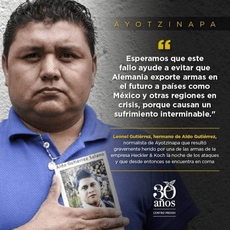Foto de un cartel del centro prodh para ilustrar nota sobre el caso ayotzinapa