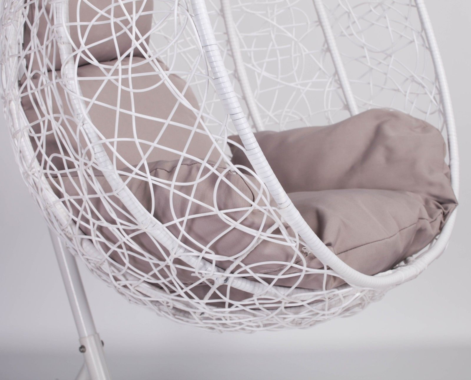 Egg Swing Chairs White Rattan Swing Weave Patio Garden Hanging Egg Chair